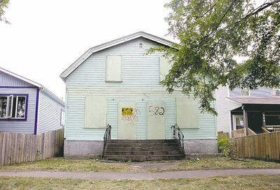 MIKE DEAL / WINNIPEG FREE PRESS 