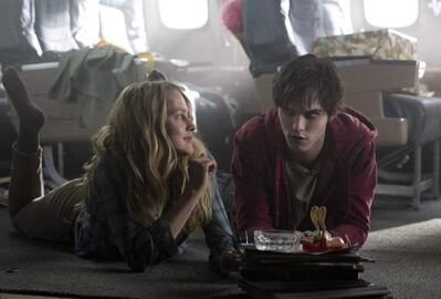 Romance grows between Nicholas Hoult and Teresa Palmer in Warm Bodies.    Ph: Jan Thijs  � 2012 Summit Entertainment, LLC.  All rights reserved.