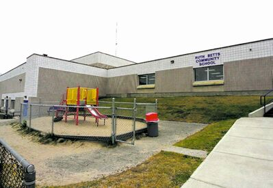Ruth Betts Community School offers kindergarten to Grade 8.