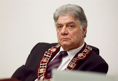 London Mayor Joe Fontana is shown in London, Ontario, on December 11, 2012. THE CANADIAN PRESS/Dave Chidley