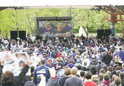 Hundreds of Manitoba hockey fans gather at The Forks to celebrate the return of an NHL franchise to Winnipeg.