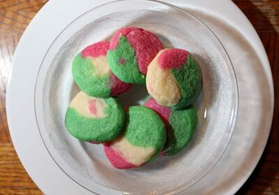 Tri-colour mint cookies