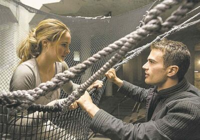 Shailene Woodley and Theo James in Divergent.