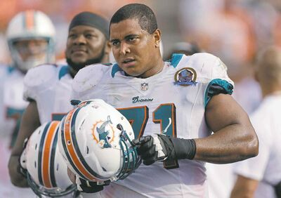 Wilfredo Lee / the associated press files