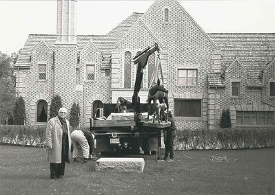 Leo Mol with one of his sculptures in front of 1021 Wellington Cres., in a Sifton family photo.