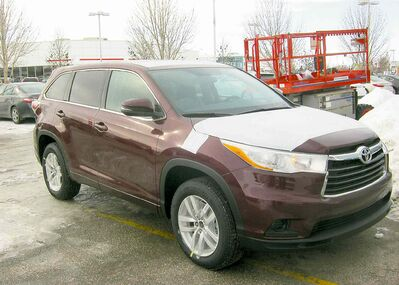 The new 2014 Totyota Highlander offers a smoother ride and a more luxurious interior than the previous model.