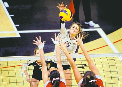 The University of Manitoba Bisons' Taylor Pischke is an outside hitter with a lot of attacking power.