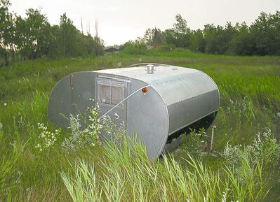 It may have seen better days, but the design of this vintage teardrop trailer, which has been in Willy's backyard for a few years, was clearly the inspiration for the Little Guy.
