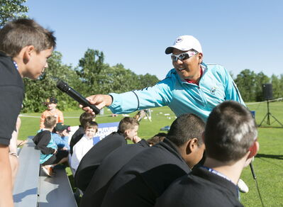 Former PGA Tour pro Notah Begay hosts a clinic at Pine Ridge Tuesday morning.