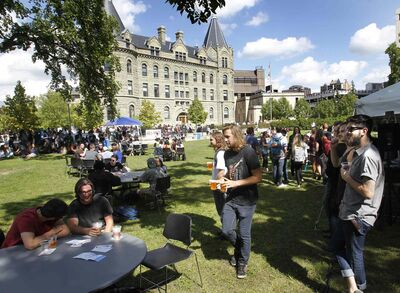 Some U of W students started their school year off Wednesday at orientation week activities organized by the U of W Students' Association.