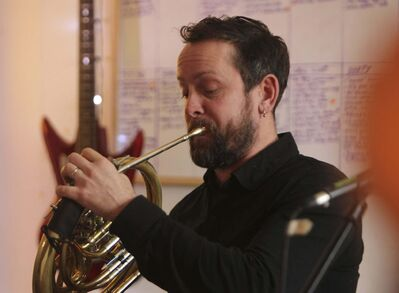 Todd Martin, French horn, vocals. (Ruth Bonneville / Winnipeg Free Press) </p>