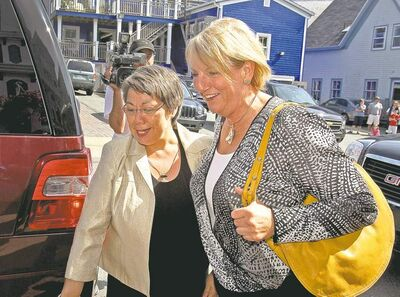 Andrew Vaughan / the canadian press Nunavut Premier Eva Aariak (left) and Newfoundland and Labrador Premier Kathy Dunderdale arrive for a meeting with aboriginal leaders in Lunenburg, N.S.