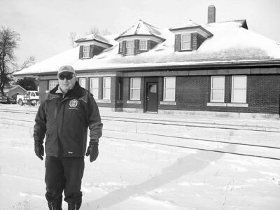 Minnedosa Coun. Brion Pollon said he can't understand why the town is having such difficulty negotiating with CP for its former train station, which hasn't been in use since 2000.