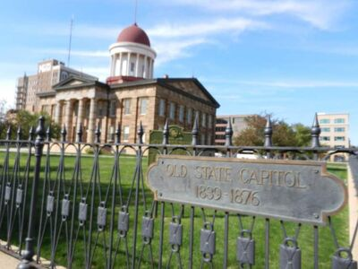"""Several Abraham Lincoln historic sites in Illinois fan out along an easy-to-navigate grid in Springfield's modest downtown. The Old State Capitol is where Lincoln served as state legislator, delivered his """"house divided"""" speech in the Senate race against Stephen Douglas and lay in state in May 1865, drawing 75,000 mourners."""