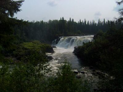 At 13 metres high, Pisew Falls is Manitoba's second-highest waterfall, only one metre shorter than its neighbour, Kwasitchewan Falls.