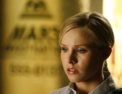 "FILE - In this Aug. 23, 2006 photo, actress Kristen Bell appears on the set of the television series ""Veronica Mars,"" in San Diego. ""Veronica Mars"" stars Jason Dohring, Francis Capra, Enrico Colantoni, Percy Daggs III, Ryan Hansen, Tina Majorino and Chris Lowell joined Kristen Bell on the panel at Hall H in the San Diego Convention Center on July 19, 2013. (AP Photo/Denis Poroy, File)"