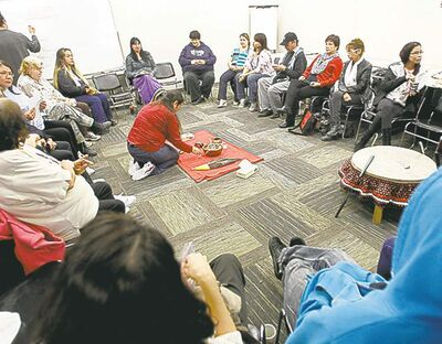 WAYNE GLOWACKI / WINNIPEG FREE PRESS  A community circle at the West Central Women's Resource Centre Thursday discusses missing, murdered native women.