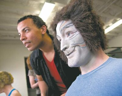 HADAS PARUSH / WINNIPEG FREE PRESS ARCHIVESHogg (left) with Carson Nattrass during rehearsals for Cats at Rainbow Stage in June 2011.