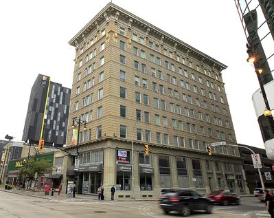 PHIL HOSSACK / WINNIPEG FREE PRESS</p><p>Sterling Building at the corner of Portage Avenue and Smith Street.</p>