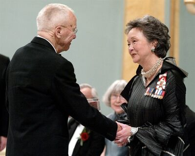 Governor General Adrienne Clarkson, right, presents Alex Colville with the Laureates of the Governor General's Awards in Visual and Media Arts during ceremony at Rideau Hall in Ottawa, Monday, March 17, 2003. Canadian artist Alex Colville has died. His son, Graham, says his father died at home in Wolfville, N.S., on Tuesday. THE CANADIAN PRESS/Dave Chan
