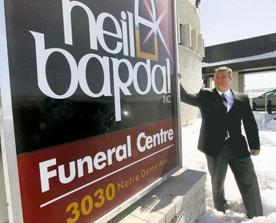 Eirik Bardal of Neil Bardal Funeral Centre has gone public with his feud over the company's name. The owner of his family's former business has retained a lawyer.