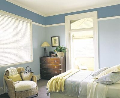 This room has a cottagey feel to it, which gives it a casual flavour.