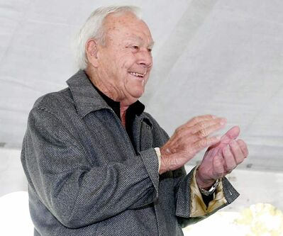 Arnold Palmer applauds winning golfers on the tours by sending them a personal note of congratulations.