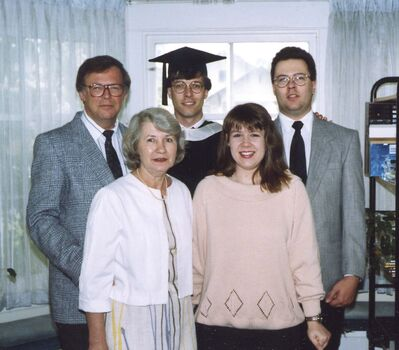 Supplied</p><p>Halinda with his wife Connie and their three children, Greg (left), Jennifer and Jim in 1990.</p>