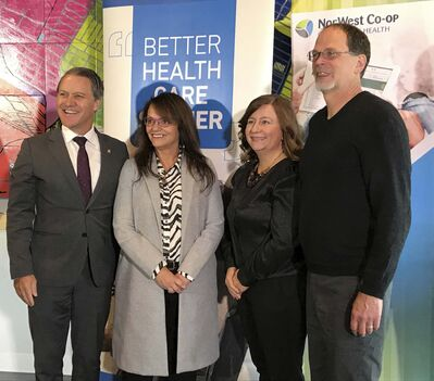 Health Minister Cameron Friesen with NorWest Youth Hub and Community Food Centre staff Nancy Heinrichs, Laura Horodecki and Ken Grove. (Jessica Botelho-Urbanski / Winnipeg Free Press)</p>