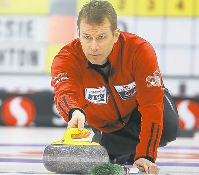 Jeff Stoughton takes aim