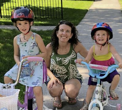 Buy Nothing North River Heights coordinator Amanda Greisman and her daughters Amelia, 6 and Kenna, 3.