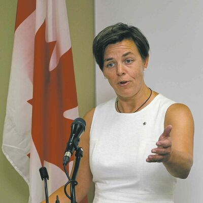 Federal minister Dr. Kellie Leitch, representing departments of Labour and the Status of Women, spoke Friday in Winnipeg to encourage women's economic prosperity.
