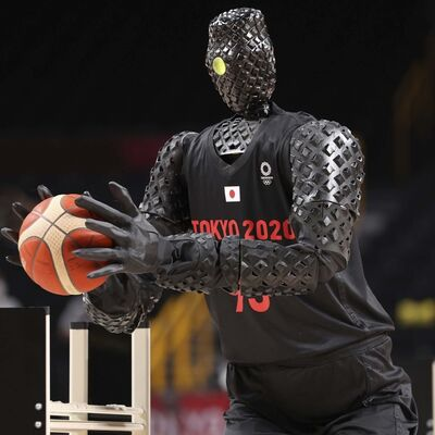 The robot 'CUE' takes to the court during halftime of the the 2020 Olympic men's basketball game between the U.S. and France last weekend.</p></p>