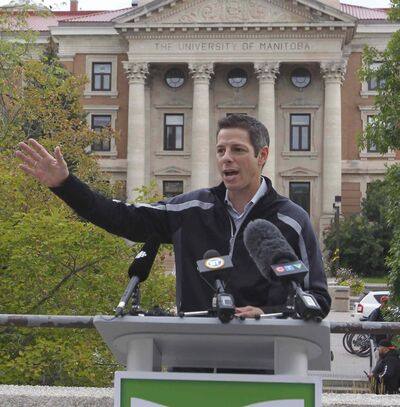 Mayoral candidate Brian Bowman makes an announcement at the U of M Fort Garry campus Thursday morning.