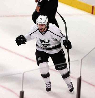 The Los Angeles Kings' Mike Richards would be a boon for the Winnipeg Jets, who should be in the bidding if the Kings release Richards from his contract.