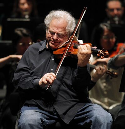 PHIL HOSSACK / WINNIPEG FREE PRESS   Itzhak Perlman rehearses with the Winnipeg Symphony Orchestra Saturday.