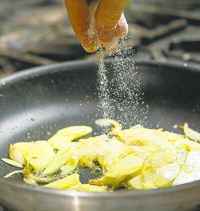 Cabbage meal (sugar going in)