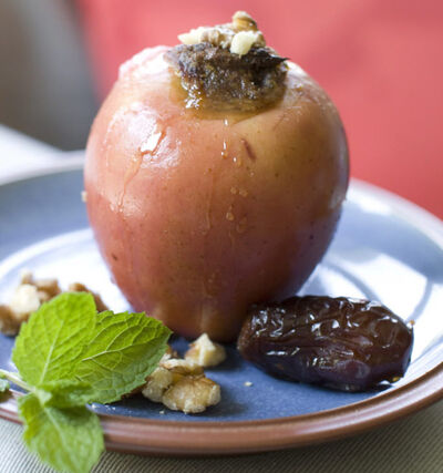 Baked apples are don't require a lot of time and effort.