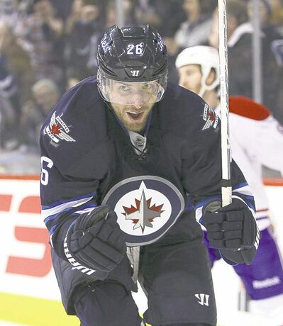 Blake Wheeler was among 13 free agents the Jets made qualifying offers to on Tuesday.