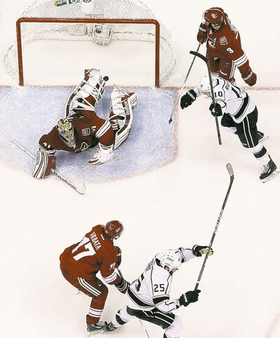 Ross D. Franklin / the associated press archivesLos Angeles Kings� Dustin Penner (25) celebrates his game-winning goal Tuesday.