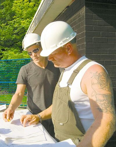 Architects and contractors must get along on a job.
