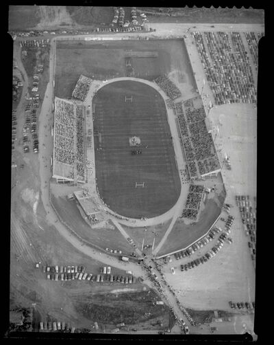 An aerial view of the Winnipeg Stadium in 1953.