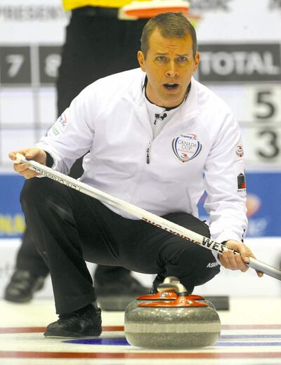Winnipeg's Jeff Stoughton suffered his only loss Friday against John Epping, but bounced back to beat fellow Winnipegger Mike McEwen in his last game of the round-robin. Stoughton earned a bye into Sunday's championship final.