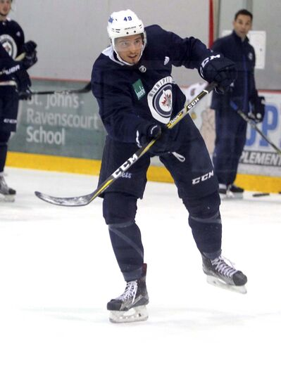 BORIS MINKEVICH / WINNIPEG FREE PRESS</p><p>Sutter last played in an NHL game during the 2015-16 season.</p>