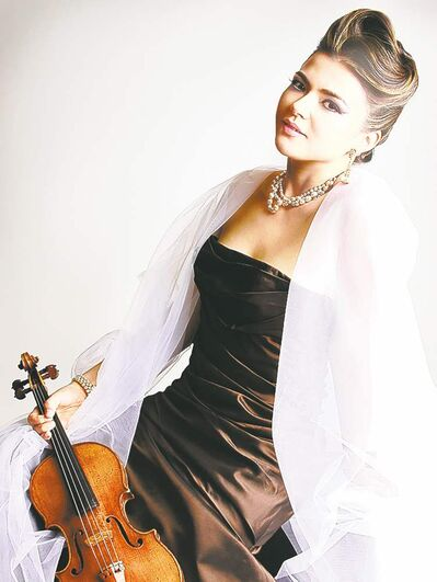 SUPPLIED PHOTOViolinist Karen Gomyo performs with the MCO on Nov. 21.