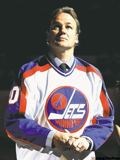 Former Jet Dale Hawerchuk had his No. 10 retired by the Phoenix Coyotes in 2007.