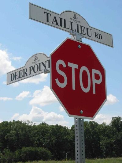 Speed limit signs are being erected on Taillieu Road and Deer Pointe Drive after local residents petitioned the municipal council.