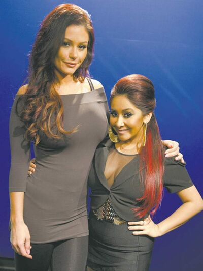 Jenni �JWoww� Farley, left, and Nicole �Snooki� Polizzi