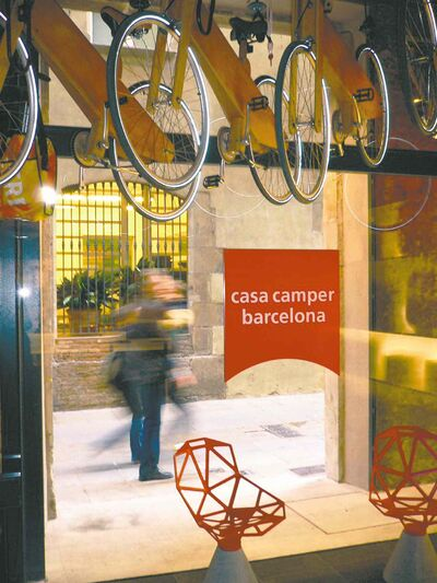www.mimoa.eu Casa Camper was ranked No. 1 or No. 2 on TripAdvisor for almost three years.
