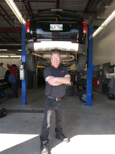 KELLY TAYLOR / WINNIPEG FREE PRESS</p><p>Motoring TV's resident mechanic, Bll Gardiner, was recently in Winnipeg outlining the importance of having your vehicle inspected regularly.</p>